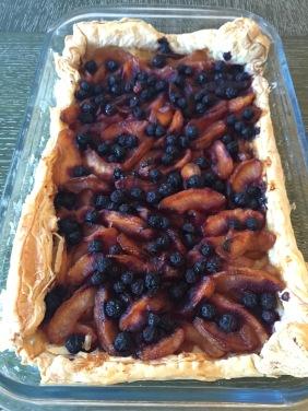 apple and blueberry tart.JPG