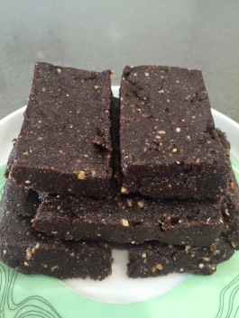 Chocolate & hemp seeds bars